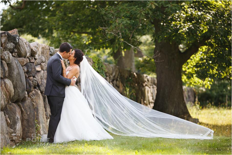 aria-summer-wedding-photographers-ct-31.jpg