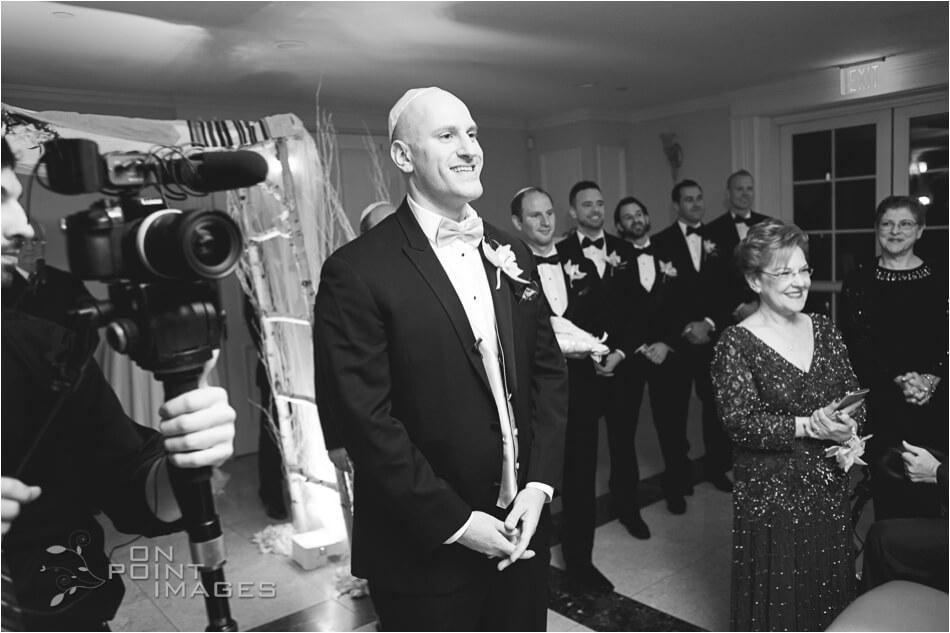 aria-winter-wedding-photographs-14.jpg