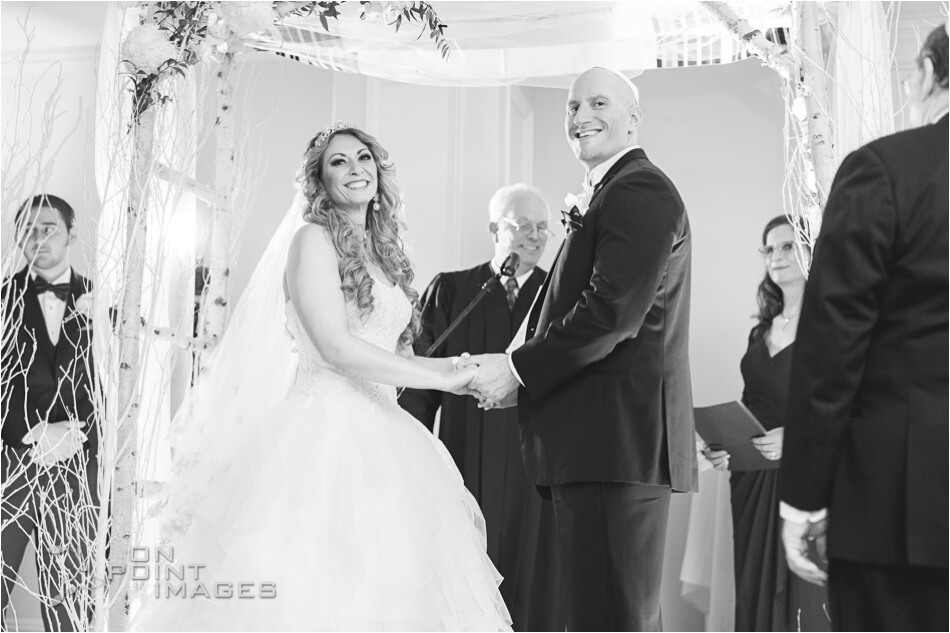 aria-winter-wedding-photographs-16.jpg