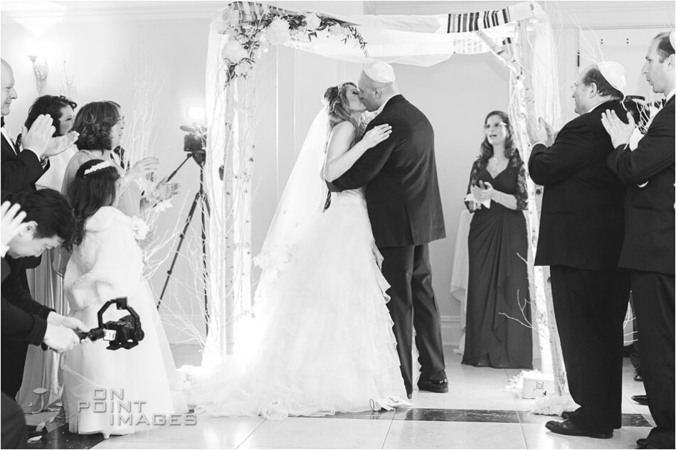 aria-winter-wedding-photographs-18.jpg