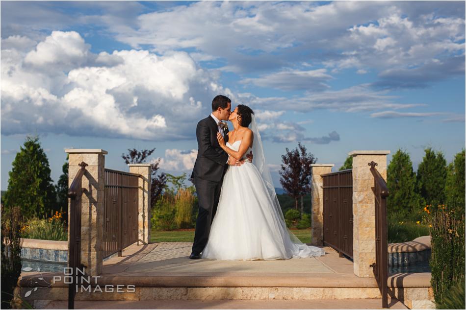 aria-summer-wedding-photographers-ct-36.jpg