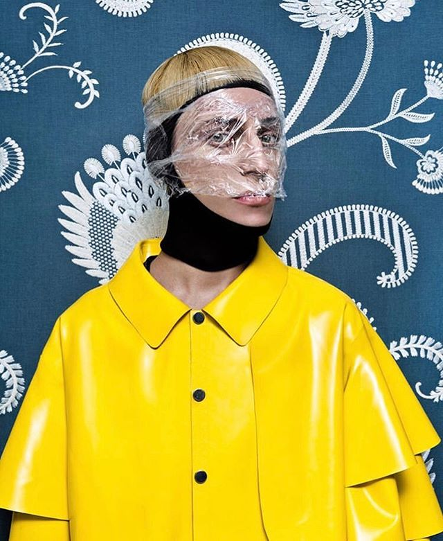 ARTHUR AVELLANO Latex Jacket SS19 by @louisteran for @schonmagazine. Syling @izabelegiedre #arthuravellano #ss19