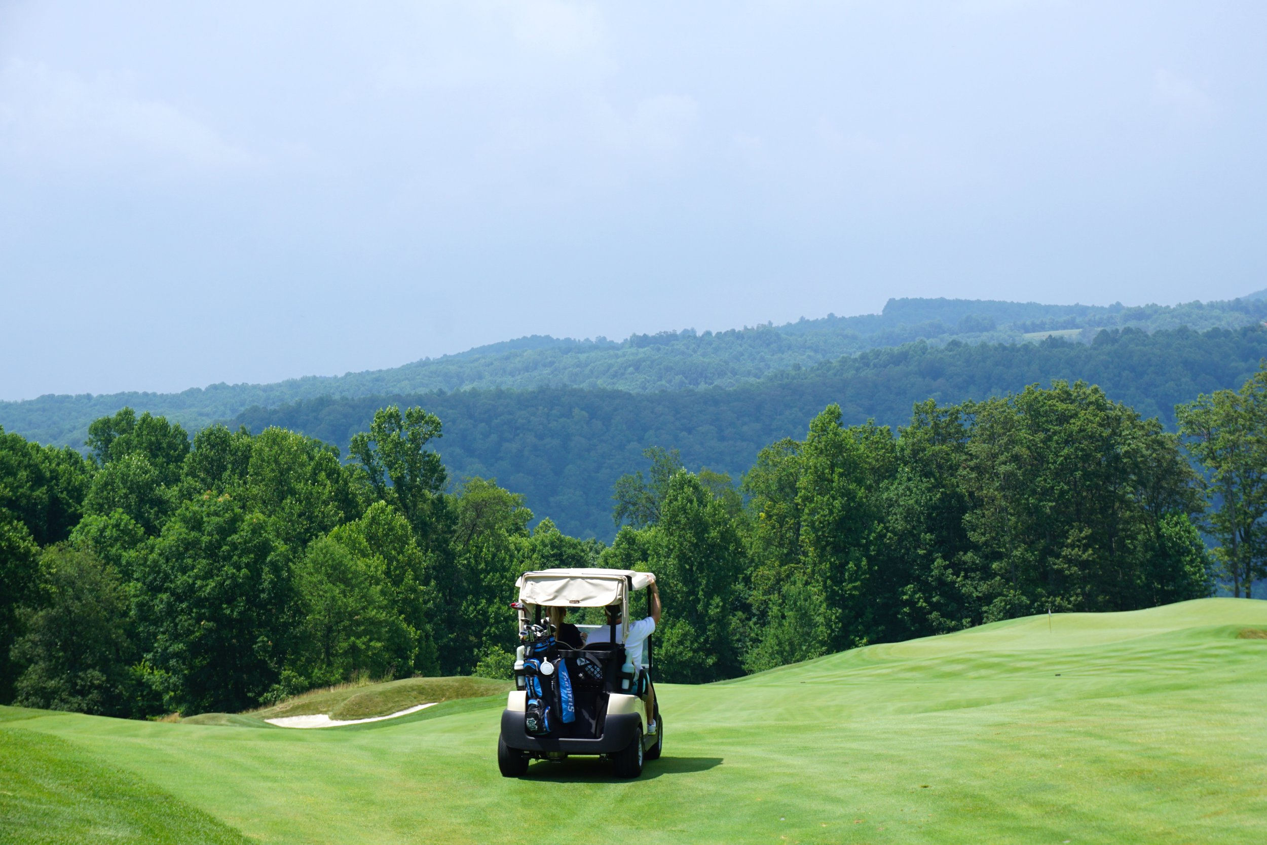 country clubs & sports clubs -