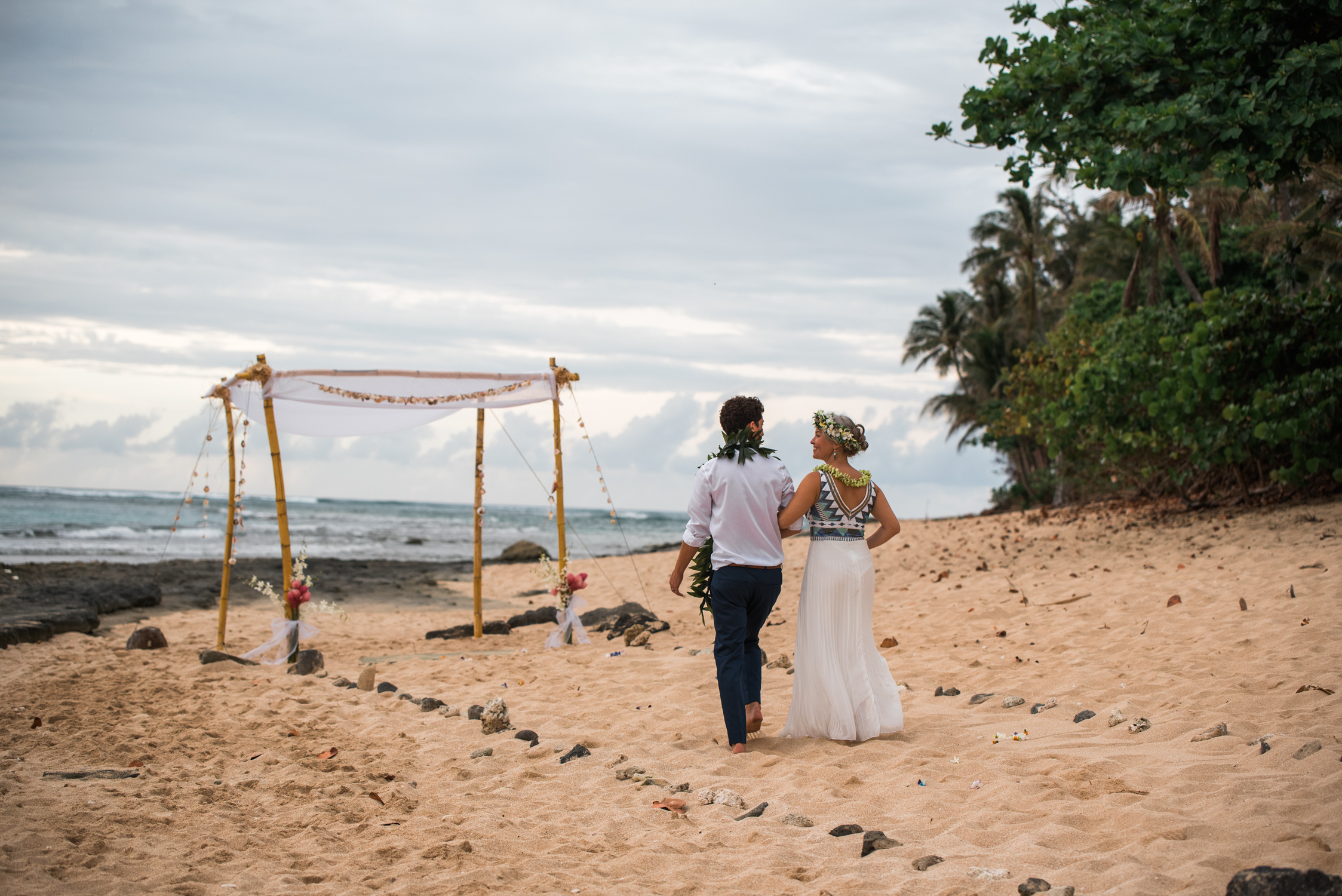 Ephemera North Shore Hawaii wedding photography on beach