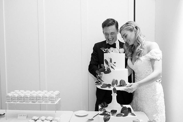 First sweets as husband & wife 🍰💕 ⠀⠀⠀⠀⠀⠀⠀⠀⠀ 📷 @lauraivanova 🌿 @adayinprovence ⛪ @thehuttonhouse ⠀⠀⠀⠀⠀⠀⠀⠀⠀ #enticingicingweddings #cakecutting #minneapoliswedding #minnesotawedding #mplsweddingcakes #mplsweddingbakery #mpls #theknotweddings #theknotcakes #mnbride #mnbridecakes #minnesotabride #elegantwedding #customcakes #customweddingcakes #weddingdessert #prettylittlethings #toocutetoeat #dessertlover #sweetstable #desserttable #weddingdessert #weddingdesserttable