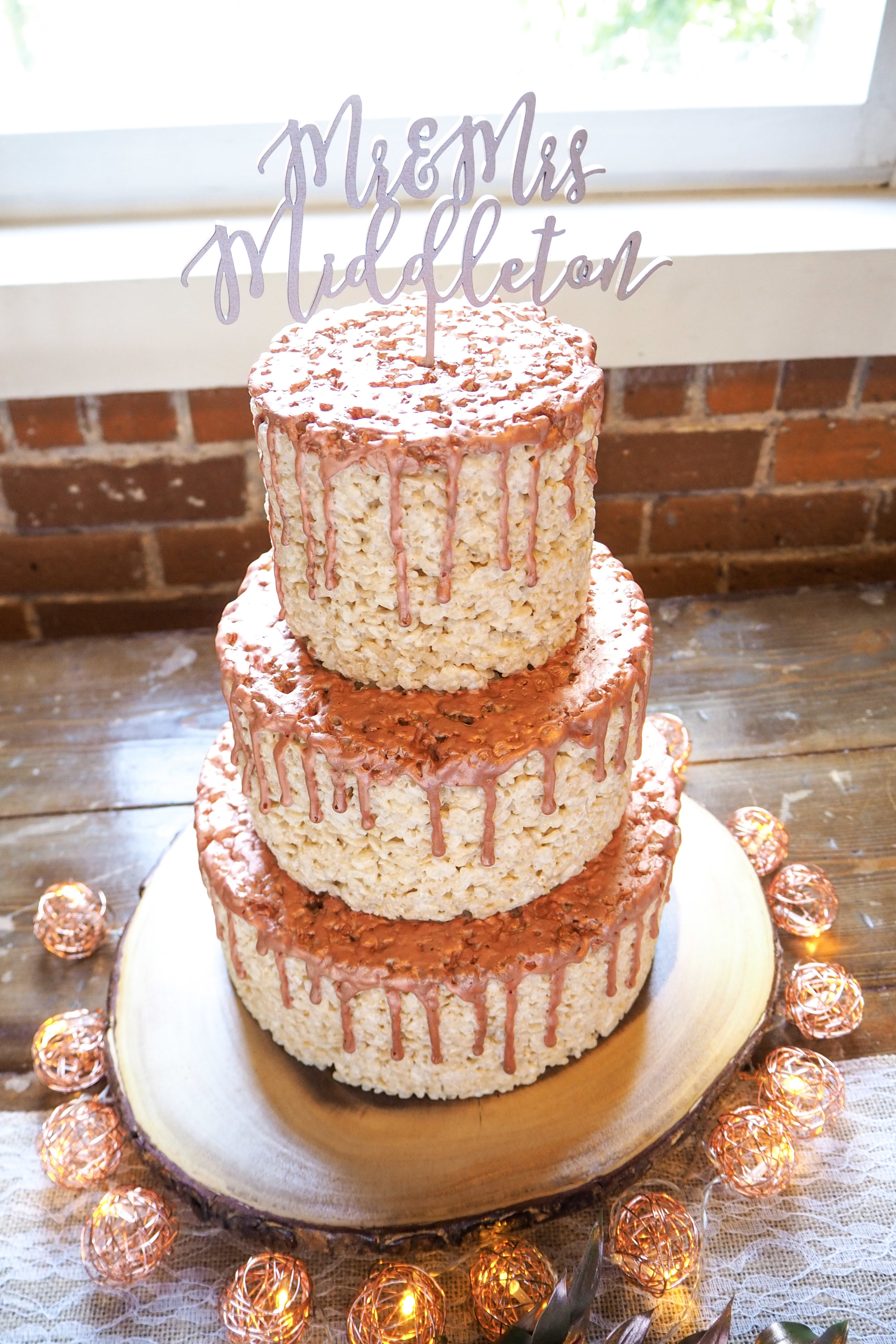 Wedding Cakes | Enticing Icing