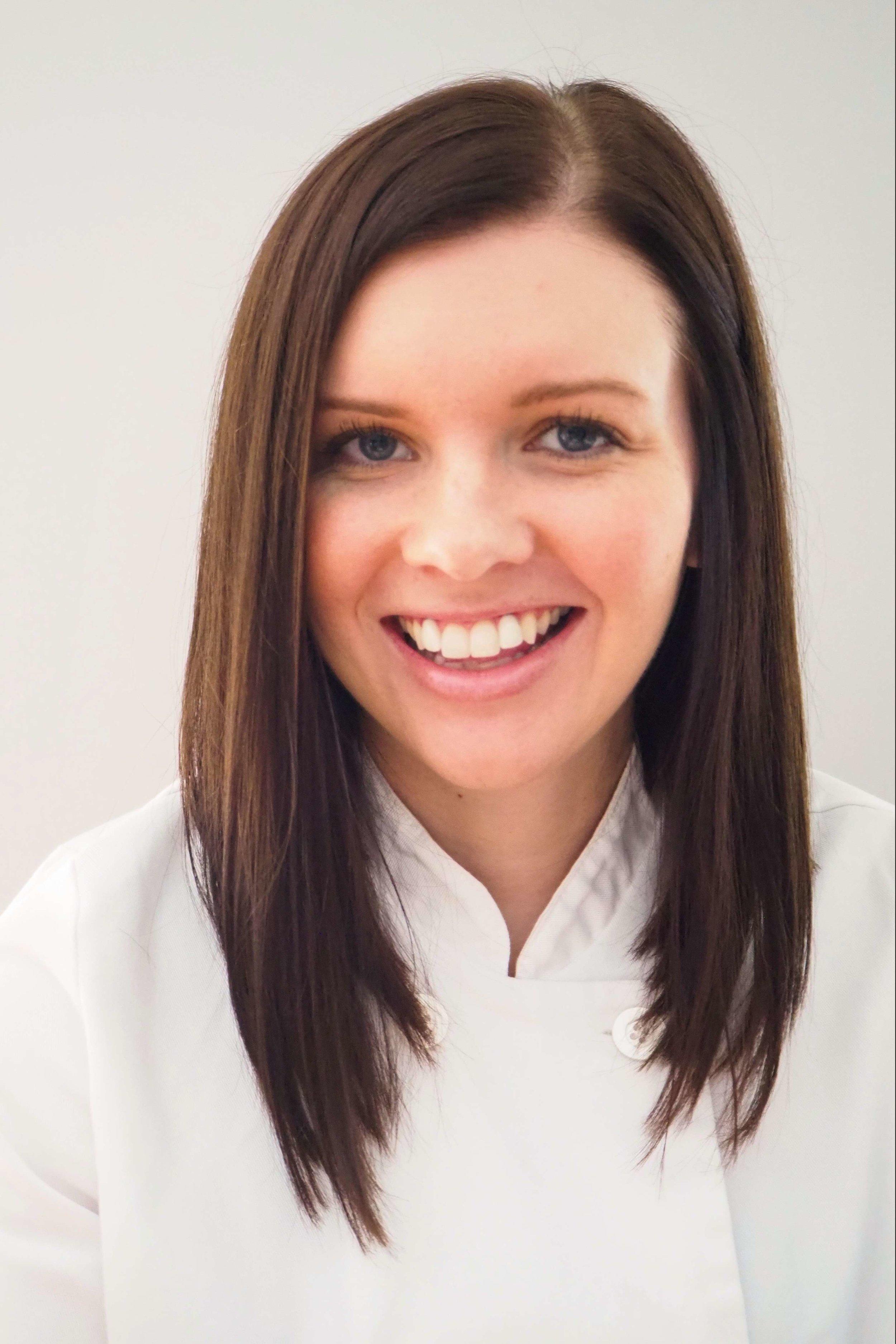 Heather, wedding cake designer | Enticing Icing, Minneapolis, MN