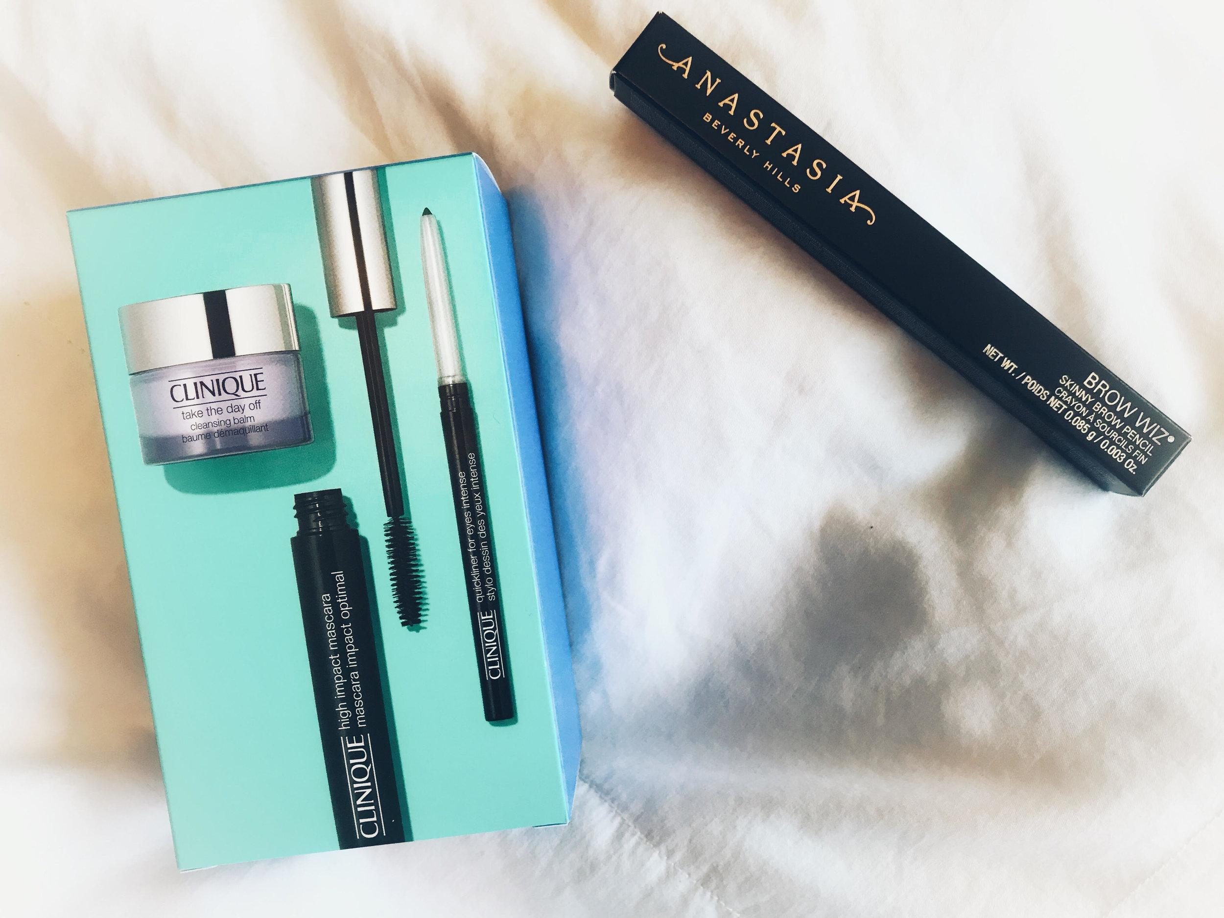 3. Beauty Deals - Took advantage of half-off deals during Ulta's 21 Days of Beauty Event (March 17 - April 6).Clinique Hi Impact Favorites Kit : $12.50 (reg. $25)Anastasia Beverly Hills Brow Wiz: $10.50(reg. $21)