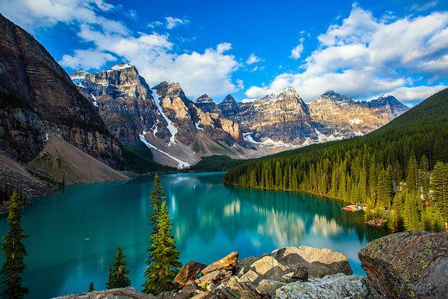 canada-banff-national-park-moraine-lake-2.jpg