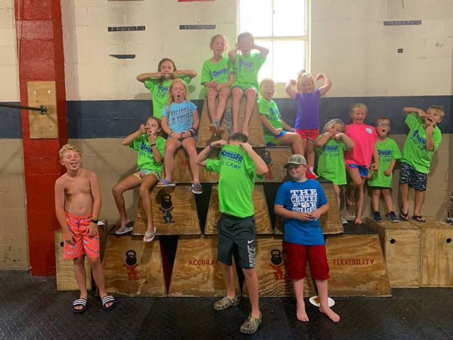 Half of session 2 of our CrossFit Kids Camp...or just a group of half-goofy kiddos? 🤪 Whatever the case may be, we enjoyed working with all 2️⃣8️⃣ kids this past session!