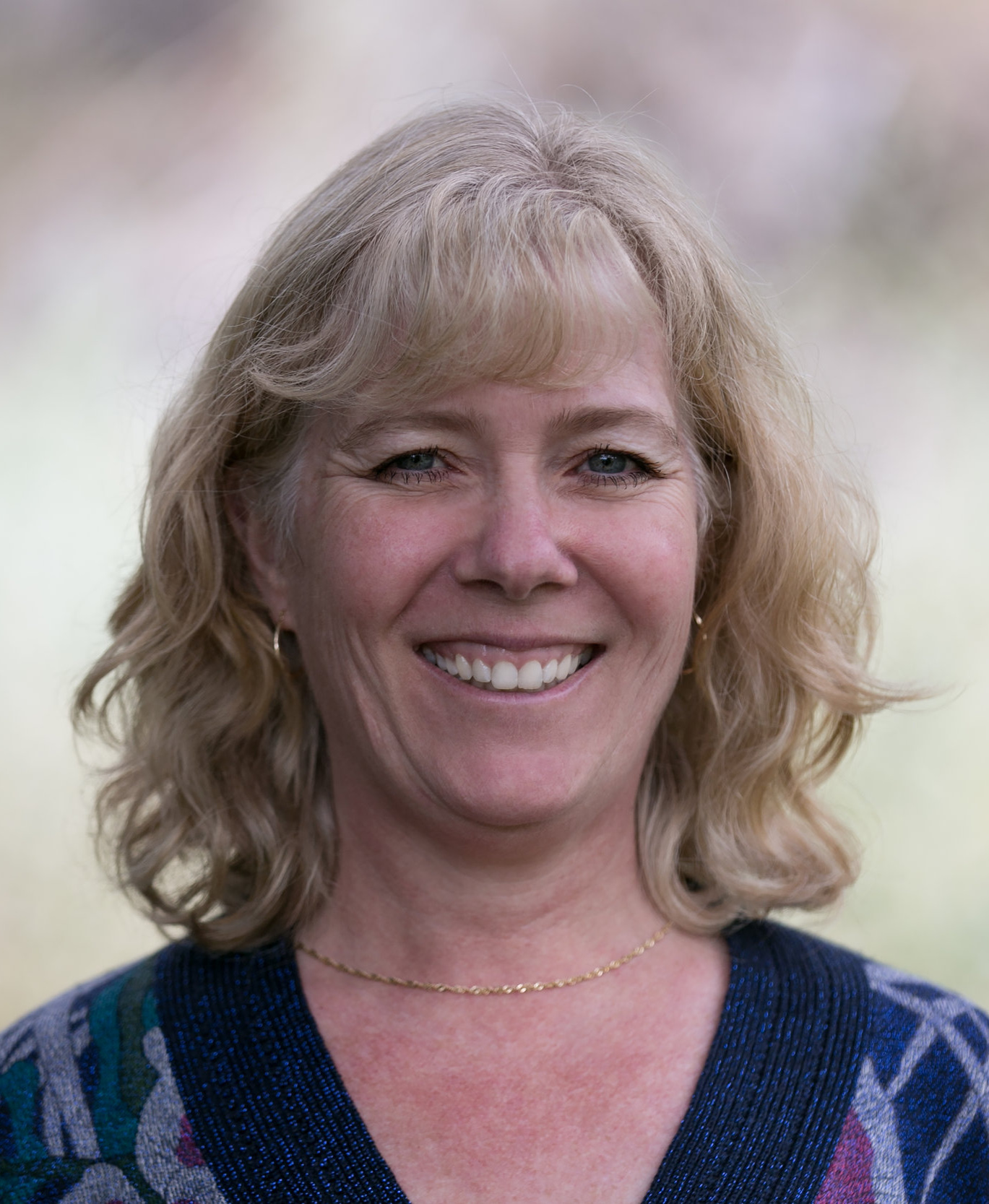 - KATHY DAVIDSONKathy Davidson is a physiotherapist and an independent consultant. She is currently one of the Practice Advisors at CPTBC, and also acts as the Executive Director of Physiotherapy Education Accreditation Canada (PEAC)