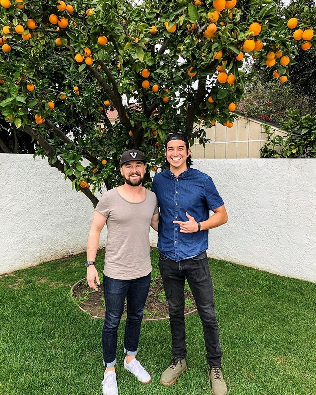 Loved hanging with actor @sammyjmarra and talking about overcoming health problems with plants, specifically ulcerative colitis/chrohns 🌱💪 Check out the episode in my bio.