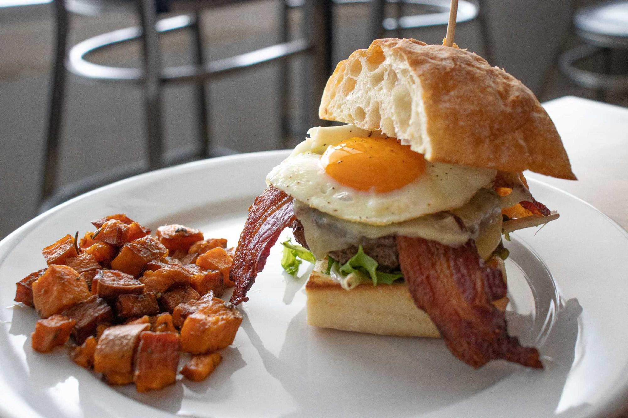 Breakfast_Burger.jpg
