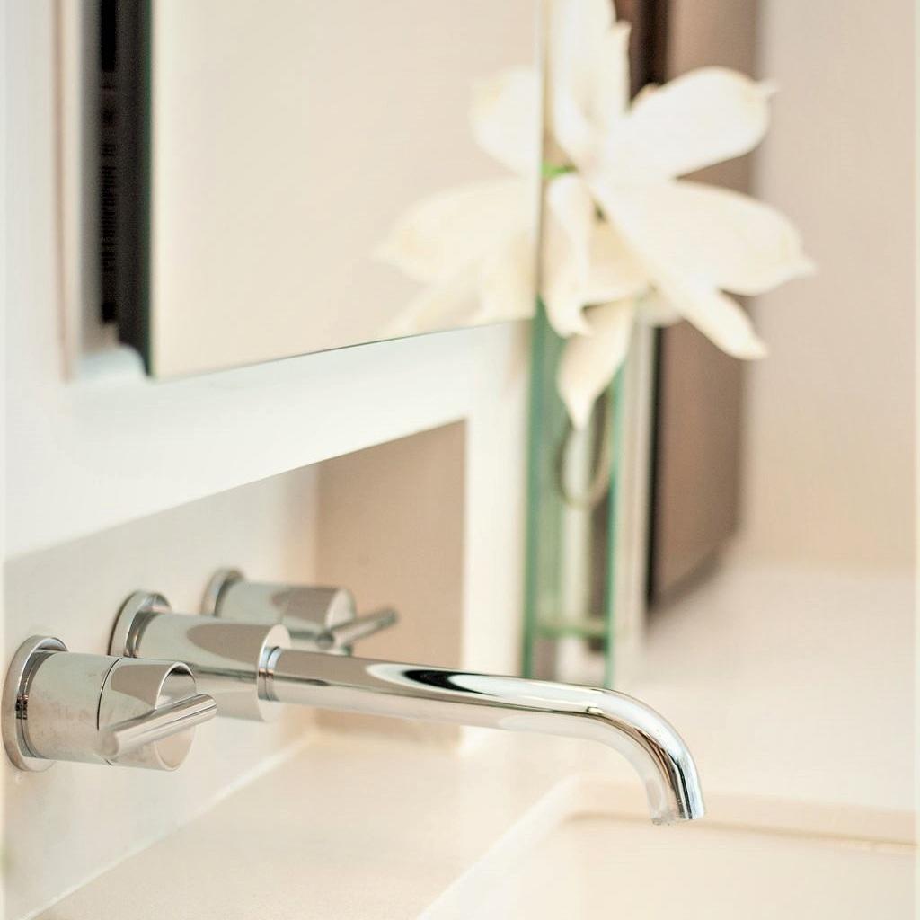 Blank-Canvas-Interior-Design-in-kansas-city-bathroom-remodel-faucet.jpg
