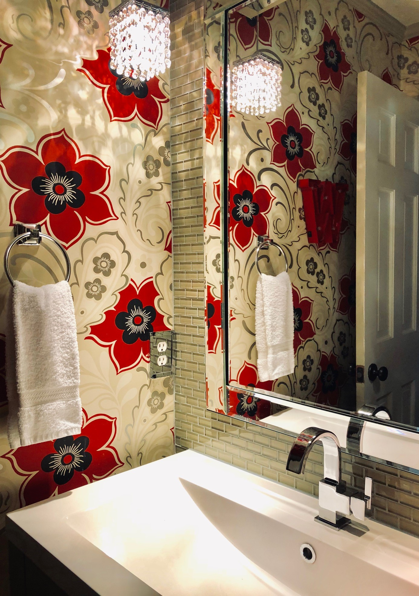Blank-Canvas-Interior-Design-in-kansas-city-Guest-Bathroom.jpg