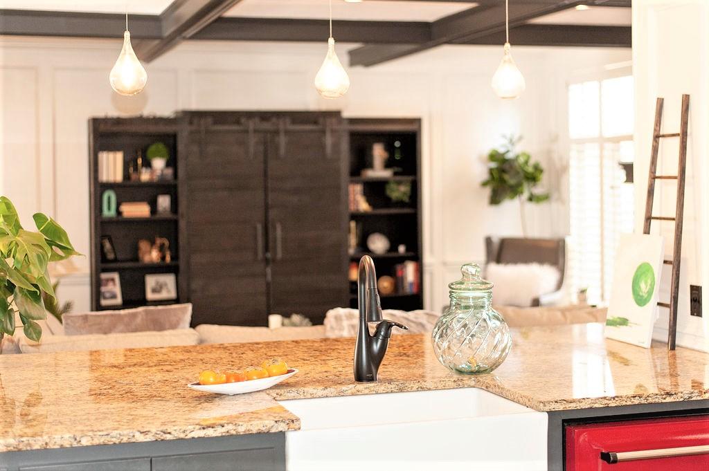 Blank-Canvas-Interior-Design-in-kansas-city-kitchen-2-farm-sink.jpg
