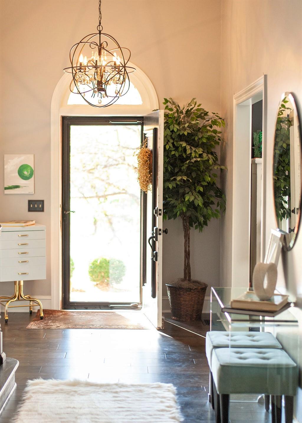 Blank-Canvas-Interior-Design-in-kansas-city-Entryway.jpg