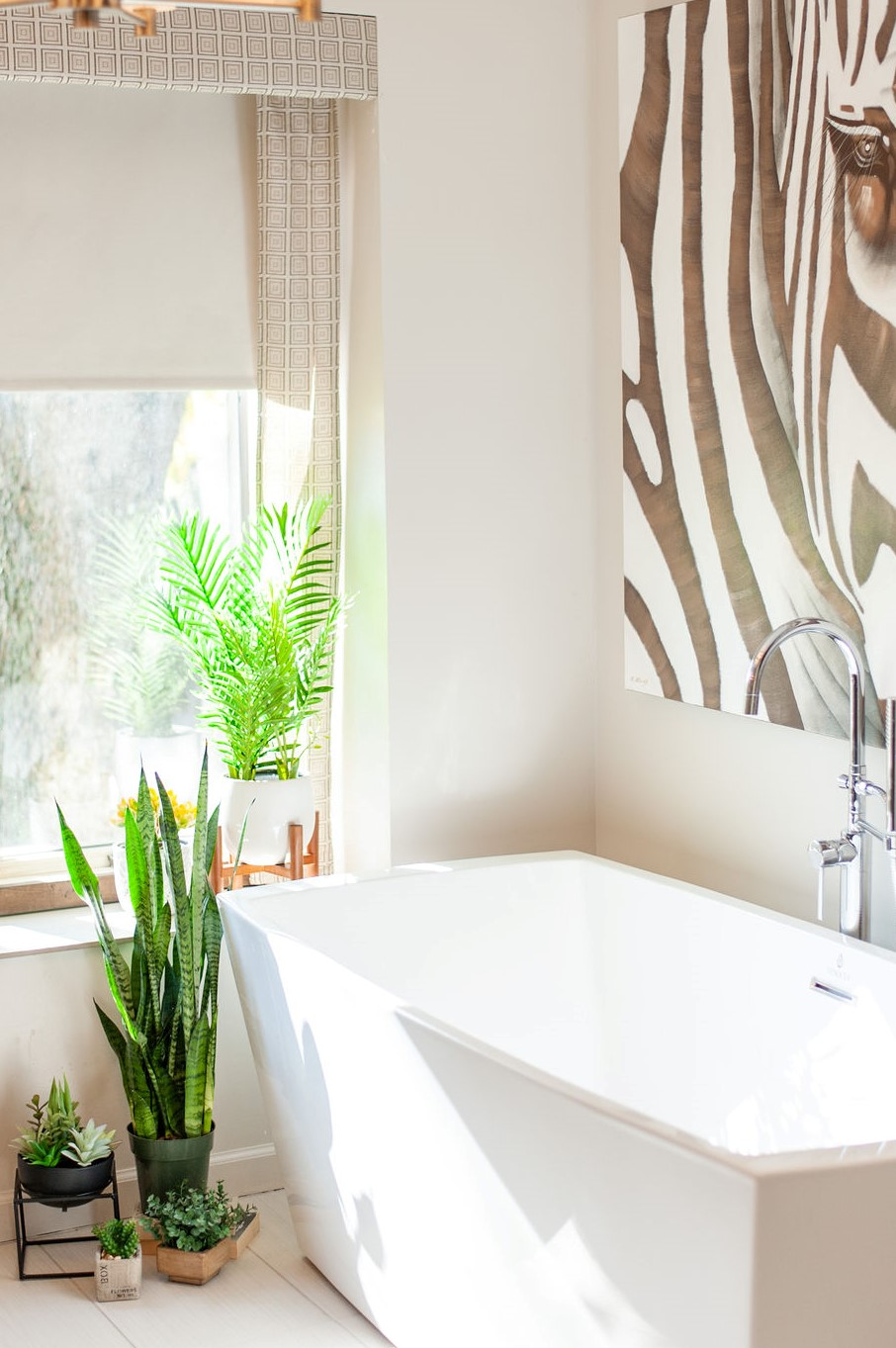 Blank-Canvas-Interior-Design-in-kansas-city-bathroom-remodel-window.jpg