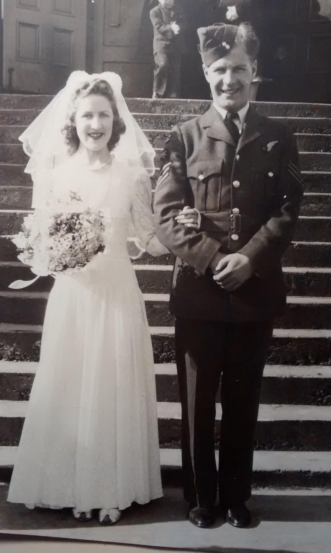 4c -- Bubs Freeman marries RCAF Airman Norman MacDonaldonleave1942.jpg