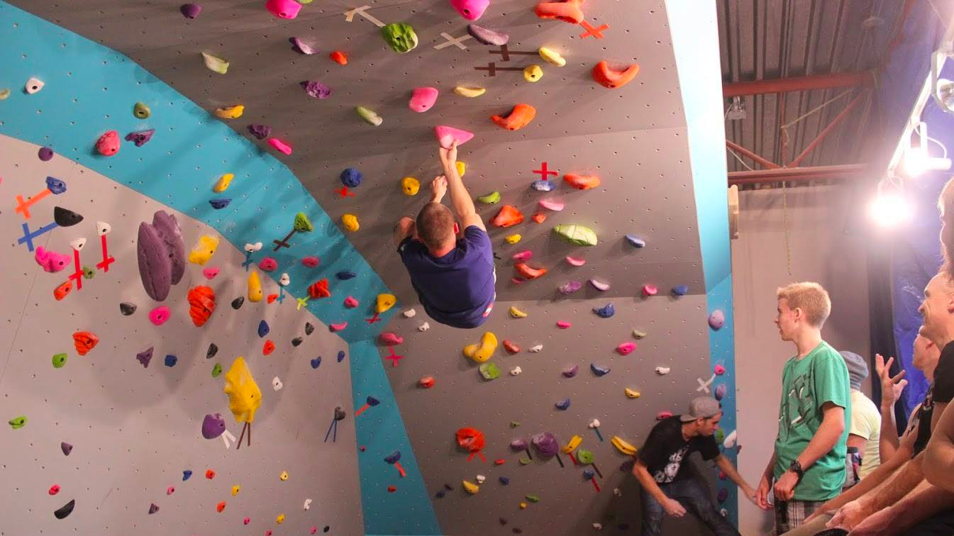 The Rock Garden - VERNONIndoor climbing centre.-LEARN MORE-