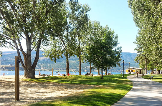 city-park-beach-kelowna.jpg