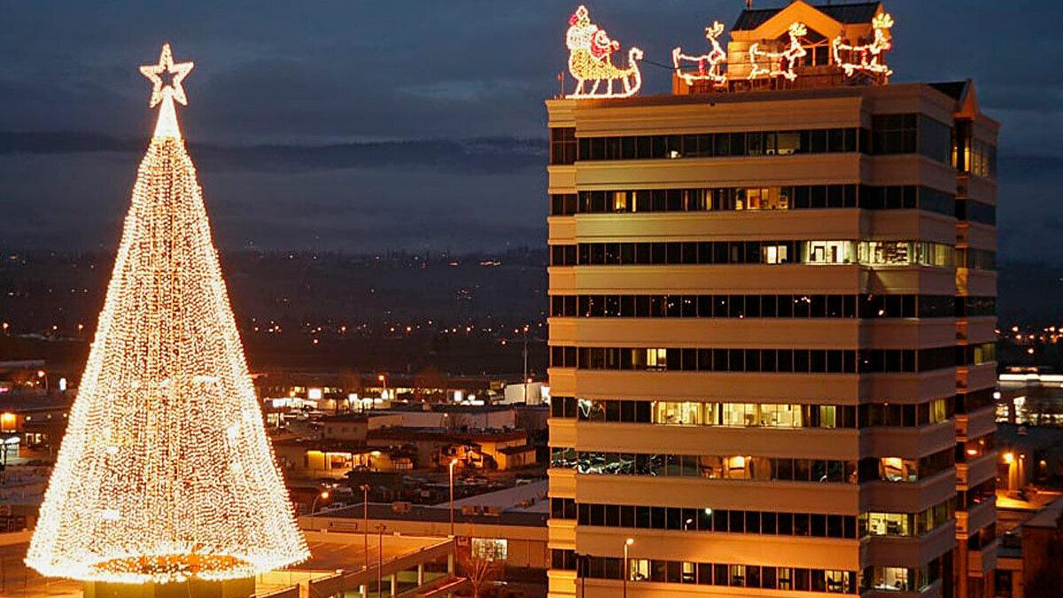 Christmas Light Ups Do The Okanagan