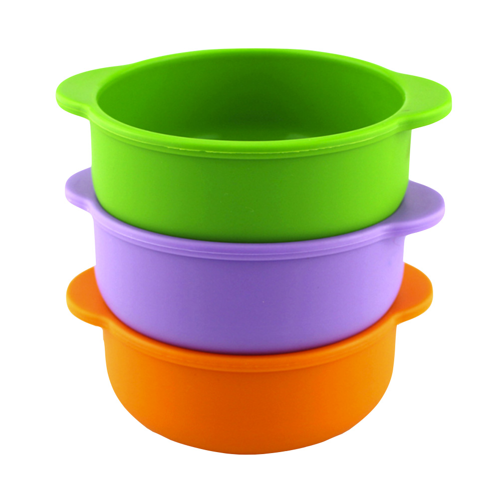 Bright Baby Bowl - The perfect size to feed from in the early stages and beyond. Easy to grip in one hand and is heat resistant (check food temperature first if you've heated in the microwave to avoid scalding!).Non-breakable and with little handles for little hands.