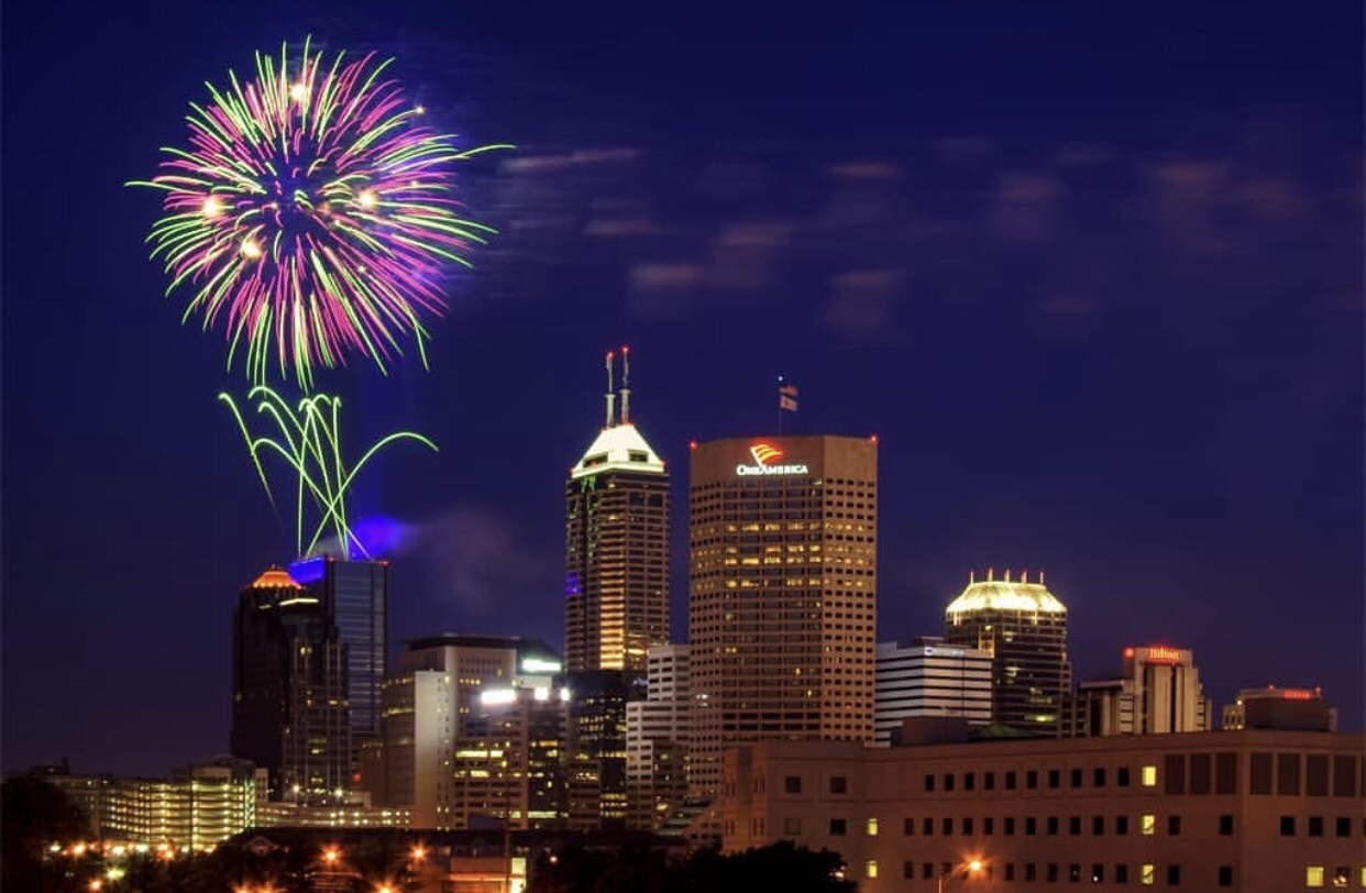 Indianapolis 4th of July Fireworks - Carl Van Rooy Photography