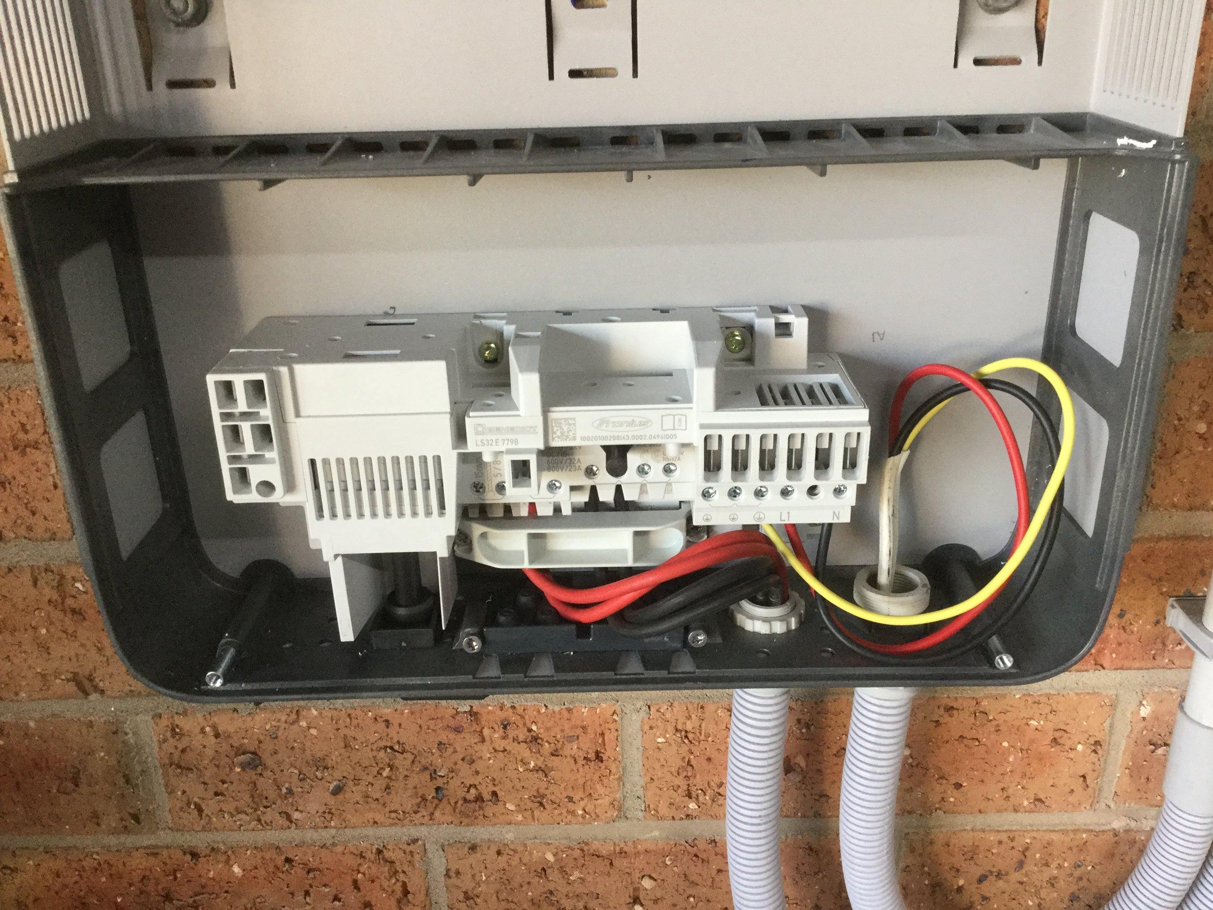 QC: Inverter DC / AC wiring