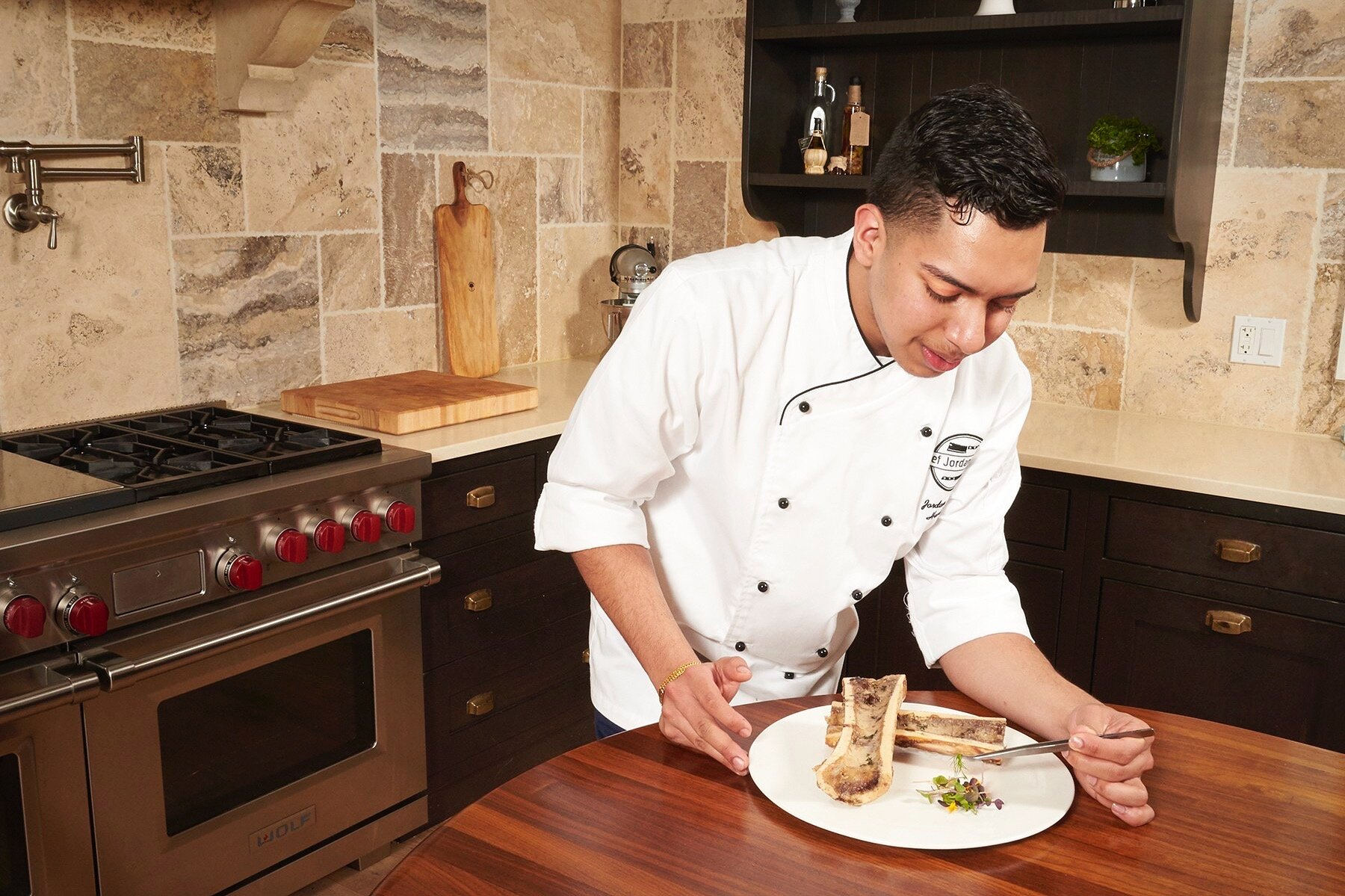 About Chef Jordan - My name is Jordan Diniz, I am a young chef; constantly looking for new opportunities to expand my culinary knowledge and further my experience as a chef. My culinary outlook is oriented around creating unique, sustainable and of course delicious meals for my clients. I try my best to use local ingredients throughout my cooking while promoting Canadian ingredients and respecting the product and natural flavors. Since my youth, I had a passion for cooking, learning about the subtle nuances of different foods and what can make a meal breathtaking. I am currently working towards my dreams of becoming an acclaimed chef and having my own distinguished restaurant.