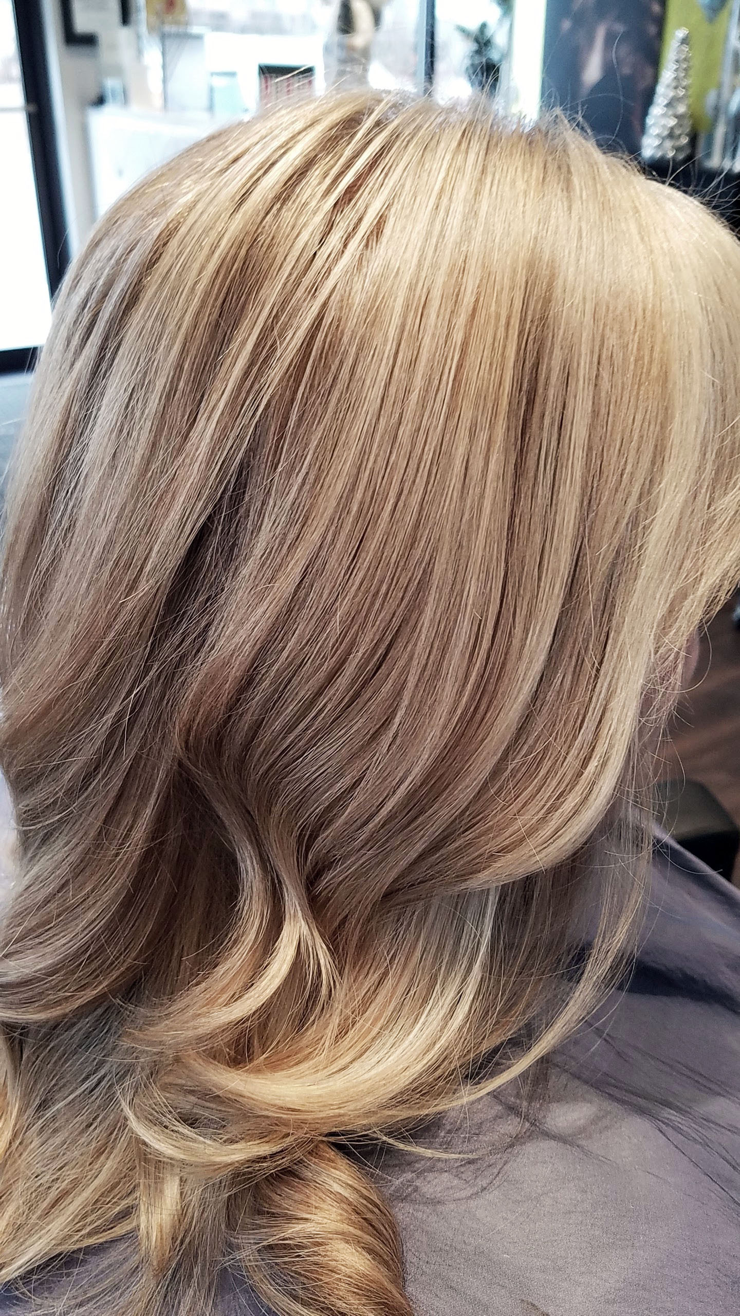 single process dark blonde with foil highlights2.jpg