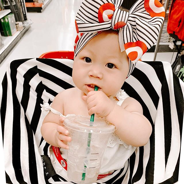 Dream come true: a mini me who loves Target runs just as much as her mama😍#targetmom  Thanks for being our weekly mama/mini date spot @target ❣️
