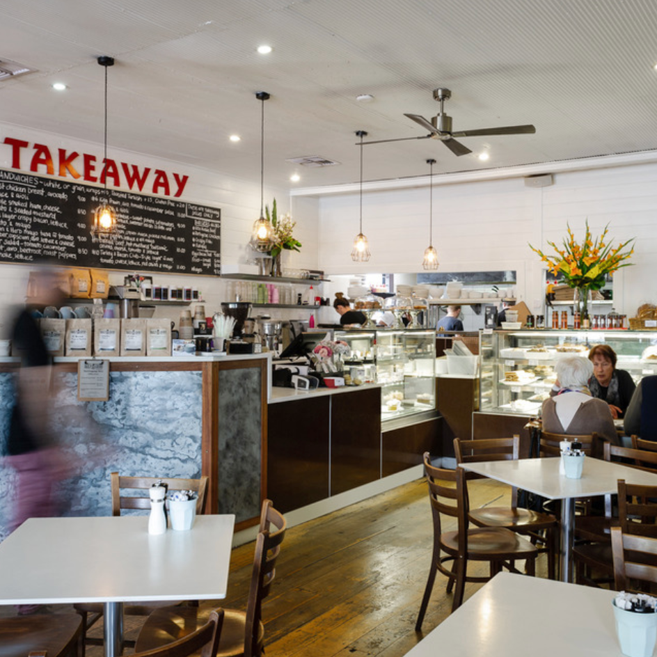 BREAKFAST   Take a pick from of the many cafes in town … The Gerringong Deli, Quiet Coffee, Fern Street, Blue Goose or Blue Espresso.