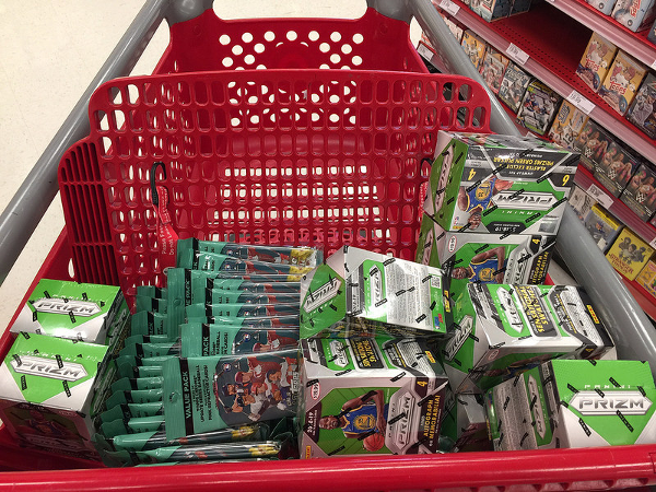 This is what victory looks like. It's a sight many of us will never know. Add in a dash of 2018 Topps Chrome Update Baseball and this becomes the ultimate shopping cart of envy.