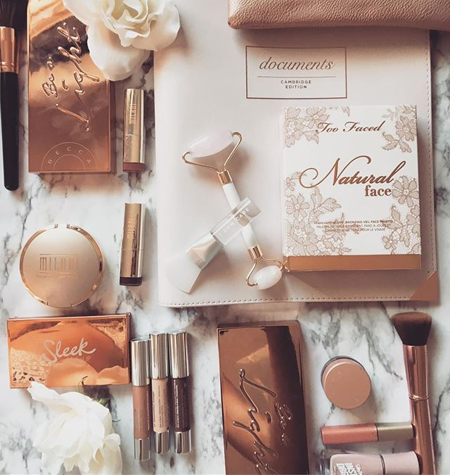 Can you spot any of your faves?! 😍  I am absolutely loving the @beccacosmetics Be a Light Palettes. Idk what I will do if they don't make them permanent 😱. My brides become glowing GODDESSES with these bronzer,blush, and setting powders. The PERFECT bridal face powders for so many skin tones!! This Rose Quartz Face Roller is also a huge game changer for my brides!✨ It is such a treat to have a little massage right before makeup application, and it feels amazing on this skin! Call me crazy but I also think it does a pretty good job of plumping up the skin a bit by increasing circulation to the face! 🙌🏽 Honorary mention to my document binder from @Target that keeps my business organized AND adorable!! 😍😍😍