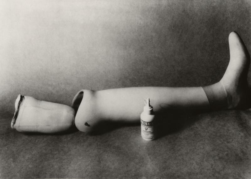 Onderbeen van kunststof. Lower leg made of plastic.