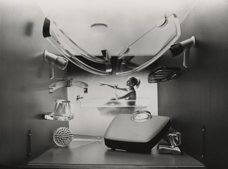 Kunststof badkamer accessoires. ICI, Groot Brittannië, 1975. Plastic bathroom fittings. ICI, Great Britain, 1975.