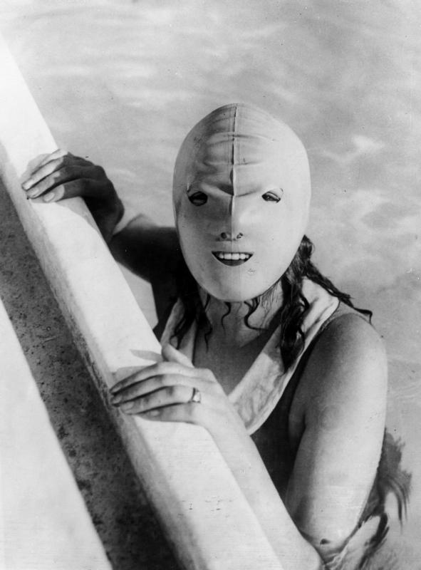 Zonnemasker - 1928 (Uit collectie: