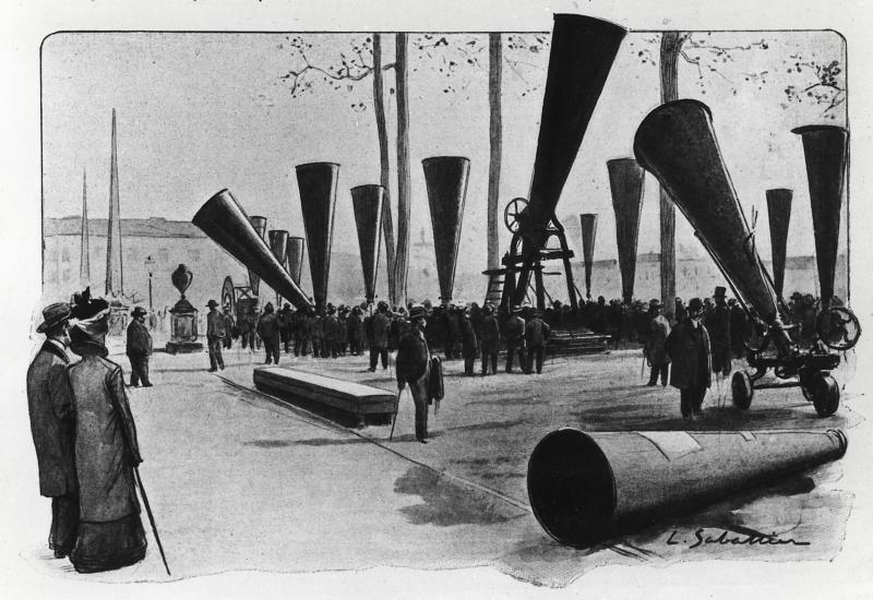 Tekening van primitieve kanonnen waarmee men hagelbuien wil bestrijden, tentoongesteld tijdens een congres in Padova [Padua] over bestrijding van hagel. Italië, november 1900.