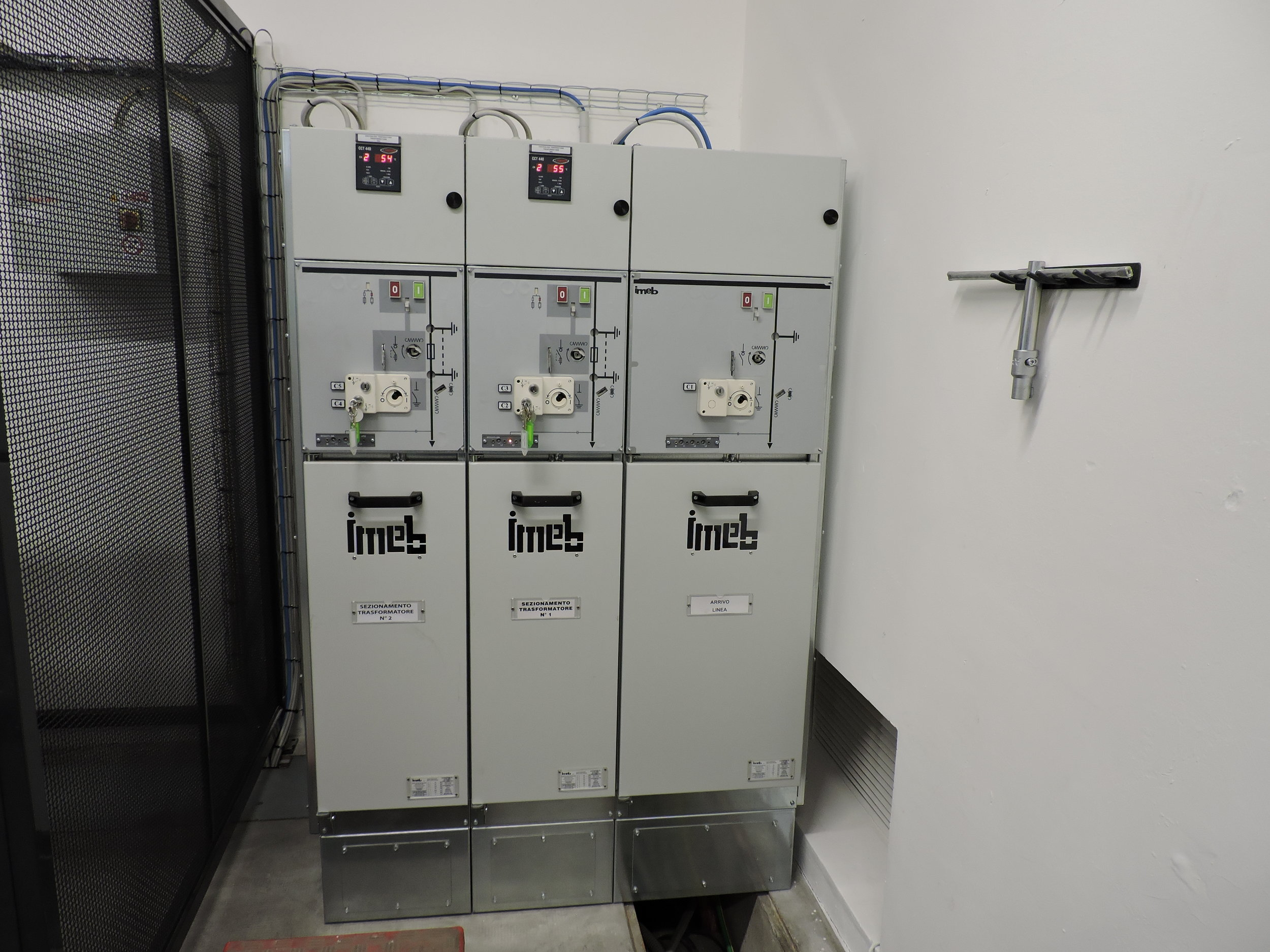 sirp impianti elettrici cabine elettriche cuneo cherasco piemonte progettazione installazione manutenzione sistemi elettriciDSCN1757.JPG