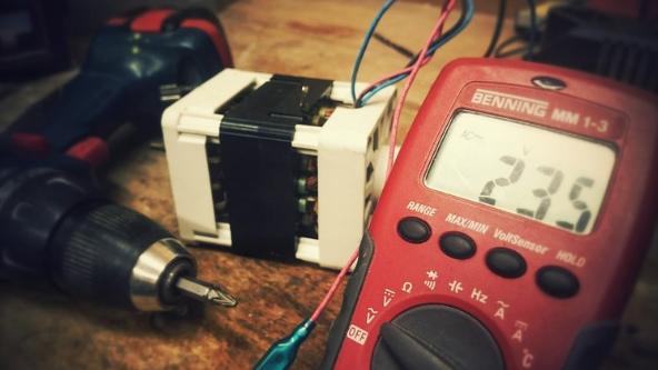 servizi nell'ambito delle misure e prove in campo elettrico.
