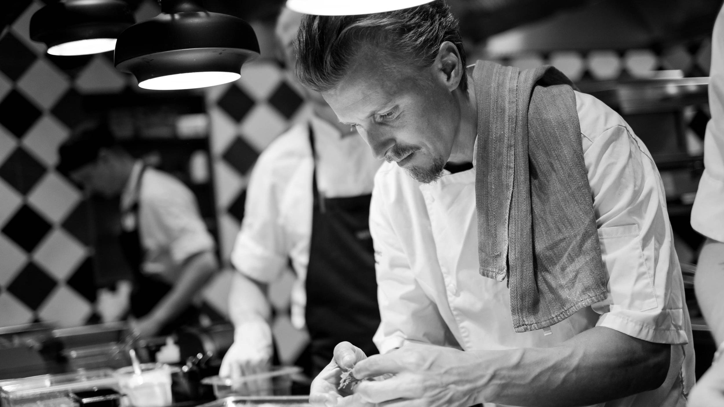 Kokkeskole - Kokkeskoler med landets førende køkken-chefer inden for mange forskellige typer mad.