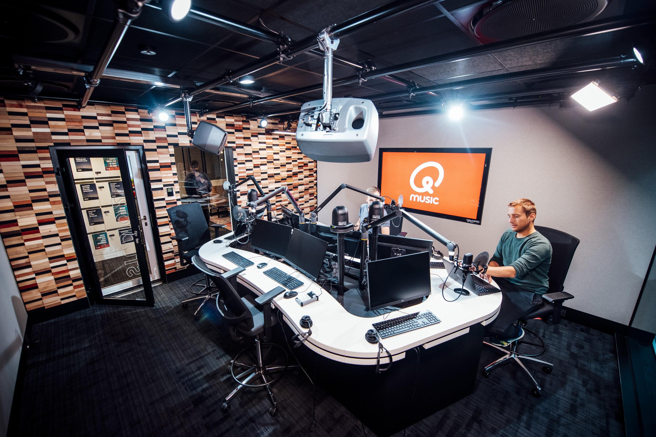 2019-05-20 - Q en JOE - opening radiostudio's - 011.jpg
