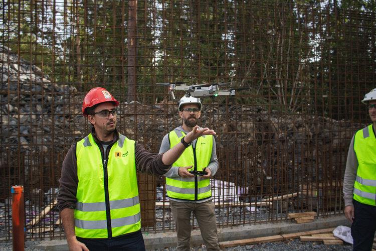 Jon Roald Johnsen and Imerso's Frederico Valente talking drones