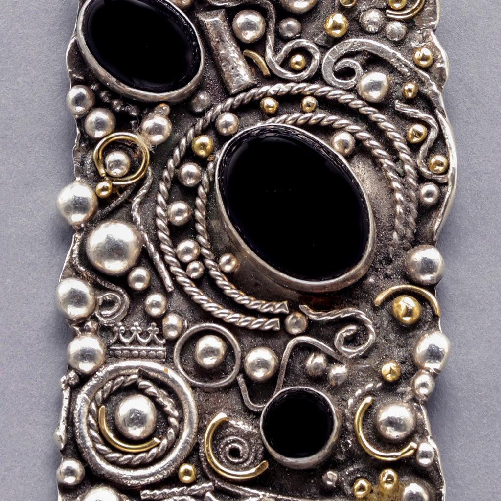 2-Fine Craft, Siver & Gold Jewelry, Artist Process, Syvia McCollum-001.JPG