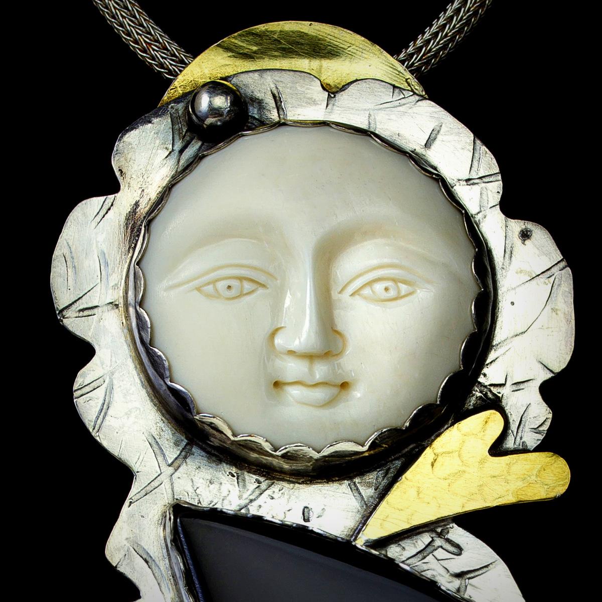 4-Fine Craft, Siver & Gold Jewelry, Artist Process, Syvia McCollum-003.JPG