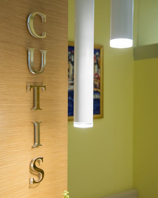 💛 #poliklinikacutis #dubrovnik #dermatology #dermatologist #cutis #design #interiordesign #details