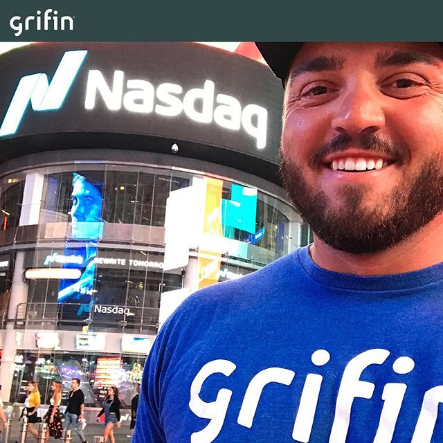 We love receiving pictures of you repping Grifin everywhere you go. Snapped a recent photo of you rocking @grifinapp? Send it in!  #brandambassadorswanted #brandambassadorsearch #brandrepsearch #ambassadorsearch #ambassadorswanted #betatesterswanted #betatester #joinourteam #investing #invest #investor #finance #financeapp #fintech #startup #startuplife #nyse #sp500 #stockmarket #growth