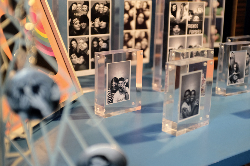 Keep those memories safe with our frames and picture holders.