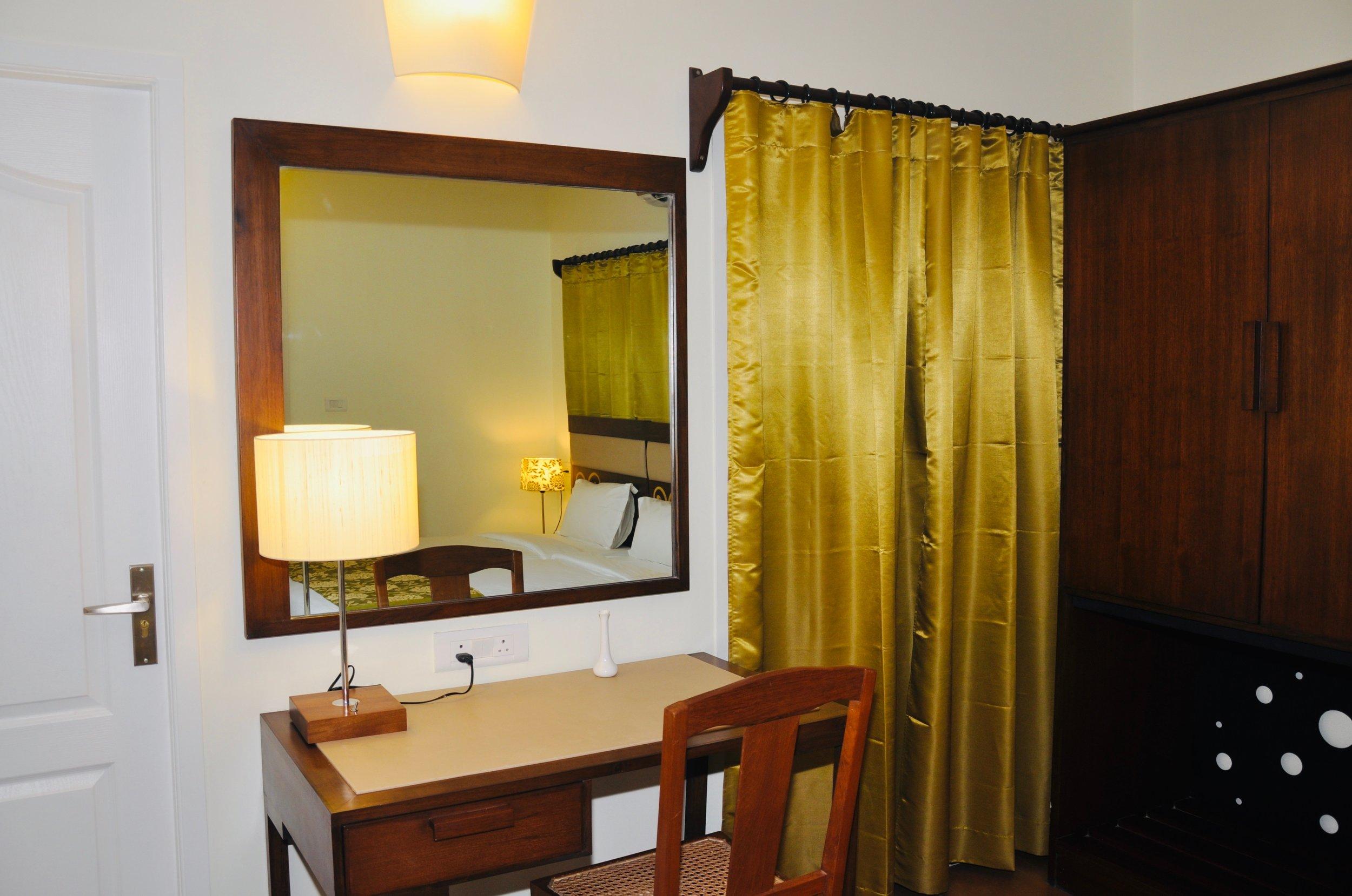 Room8.jpeg